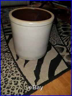 Antique Vintage Large Round 10 Gallon Stoneware Pottery Crock NEW