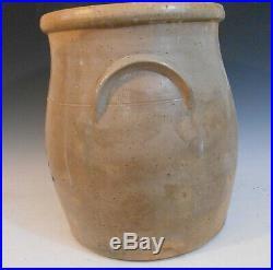 Cobalt Decorated Stoneware 4 Gallon Ballardvale Bulbous Crock Flower