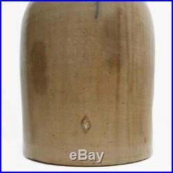 MID-19TH C AMERICAN ANTIQUE SALT GLAZE STONEWARE 3 GAL JUG HAND DEC WithBLUE SLIP