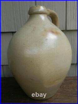 Very Good Antique E. L. Farrar Burlington Vt. Ovoid Stoneware Jug 11 tall